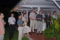 M. Faye, en compagnie du Ministre Ronny Jumeau (photo droite), adresse les invités