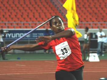 Javelin specialist Leveau-Agricole in action