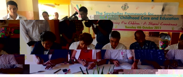 VP Faure and the ministers signing the agreement