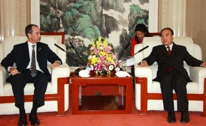 Minister Morgan during his meeting with Vice-Minister Weng