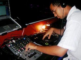 DJ Giorgio Bello an aksyon