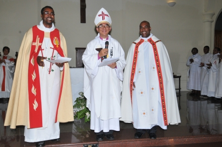 Bishop Wong flanked by Rev Elizabeth (left) and Rev Kallee at the ceremony on Wednesday