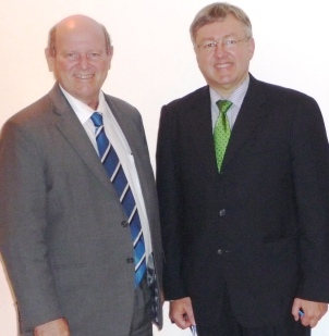South African Tourism Minister Marthinus Van Schalkuyk and Seychelles Minister for Tourism and Culture Alain St Ange