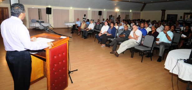 Vice-President Faure launching the seminar