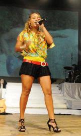 Sandra lors d'un récent spectacle