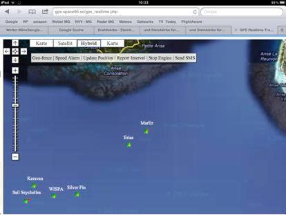 The boats approaching La Digue as viewed live on SpaceTracker