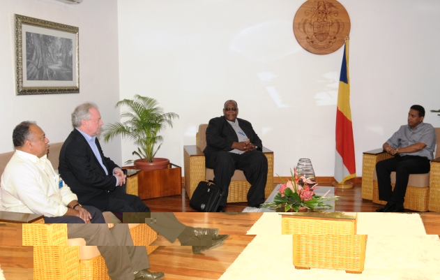 The delegation, accompanied by Mr Gappy, during their talks with Vice-President Faure