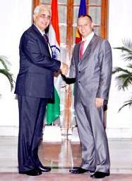 Minister Adam meeting the Indian External Affairs minister Shri Salman Khurshid