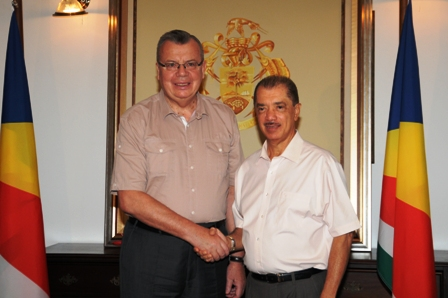 President Michel welcomes Mr Fedotov at State House