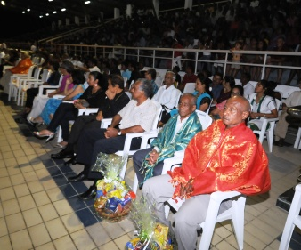 Messrs Songoire and Tambara (1st and 2nd from right, front row) among guests at the Diwali celebrations