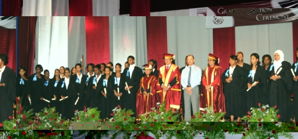 The 28 diploma in early childhood education holders with the university's leaders