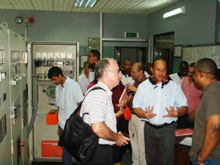 Prof. Payet and his entourage visiting PUC's facilities on Praslin