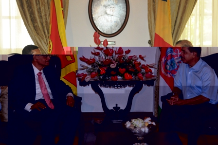 Minister Peiris in talks with President Michel