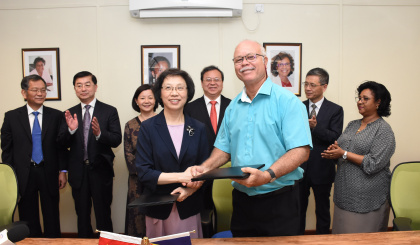 Chinese city of Shanghai, Victoria renew cooperation on friendly exchanges