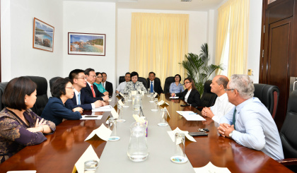 Assembly Speaker meets high-level delegation from Shanghai