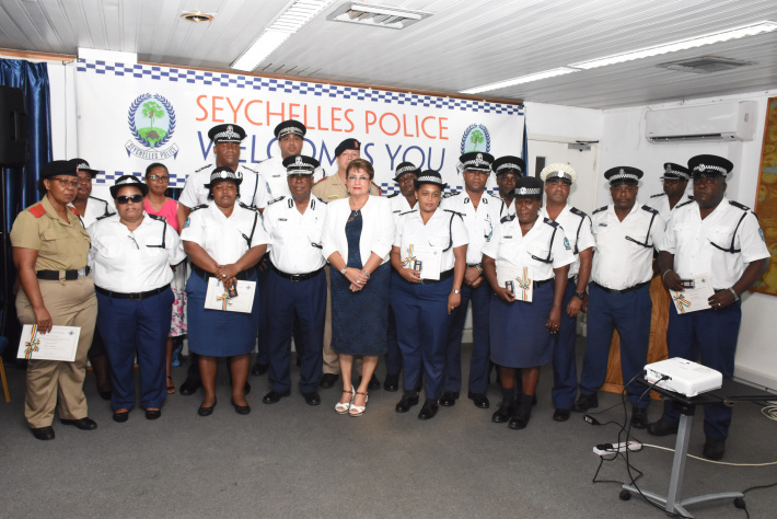 Our police forum keeps vanishing - New Anse aux Pins police station more work conducive and community-friendly - Page 2 1719_AjvTcT6Nx